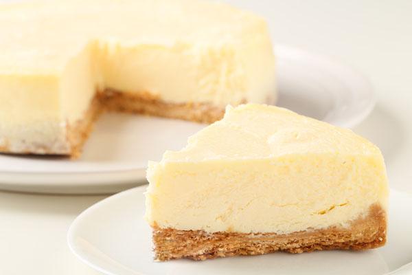 立体チョコ人形【手作り】付きチーズケーキ 5号 15cmの画像5枚目