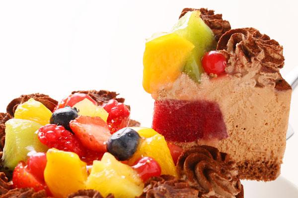 たっぷりフルーツとチョコレートのアイスケー キ 4号 12cmの画像3枚目