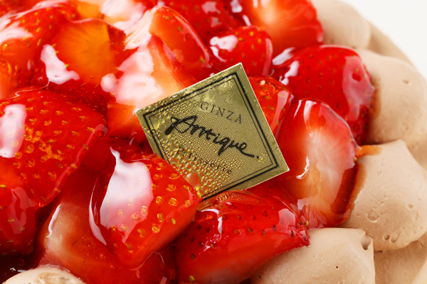 生チョコ苺盛りデコレーションケーキ 4号 12cmの画像6枚目
