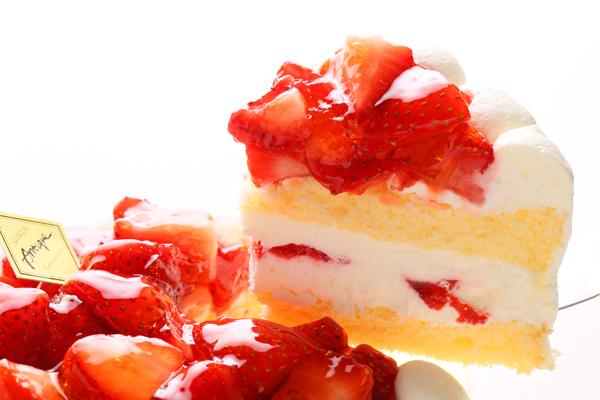 苺盛りデコレーションケーキ 4号 12cmの画像3枚目