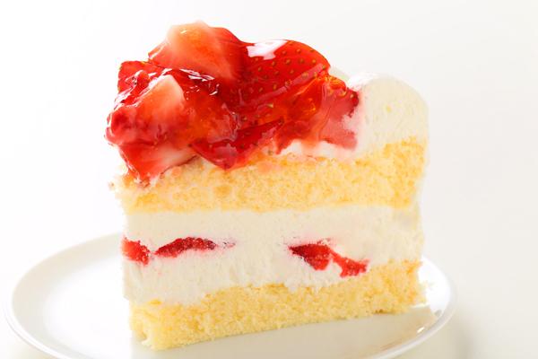 苺盛りデコレーションケーキ 4号 12cmの画像4枚目