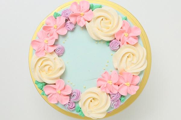 フラワーバタークリームデコレーションケーキ 5号 15cmの画像2枚目