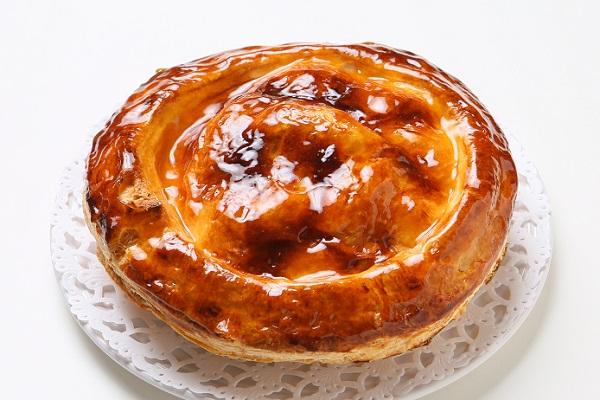 !青森りんごの紅玉のアップルパイ もち小麦入り 18㎝ 販売終了。秋までお待ちください。