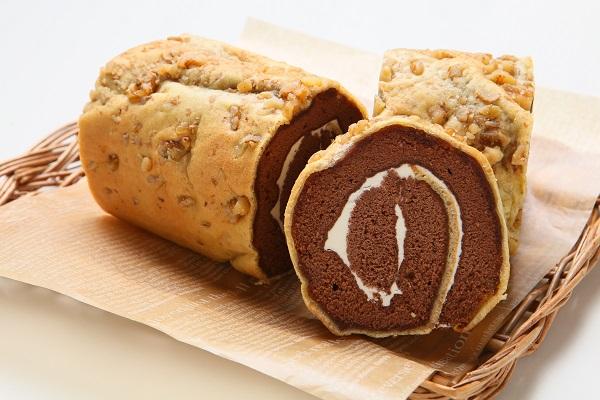 ロールケーキ バタークリームモア ココア味 18.5cmの画像1枚目