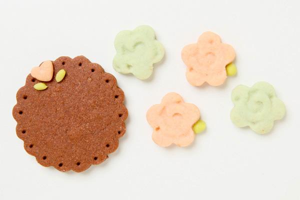 キャラクタークッキーのデコレーションケーキ 4号 12cmの画像18枚目