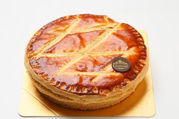 最高級洋菓子 エンガディナーはちみつとクルミのタルト16cm【バースデーケーキ 誕生日ケーキ デコ バースデー】【メッセージプレートなし】の画像1枚目