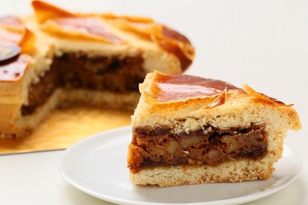 最高級洋菓子 エンガディナーはちみつとクルミのタルト16cm【バースデーケーキ 誕生日ケーキ デコ バースデー】【メッセージプレートなし】の画像5枚目