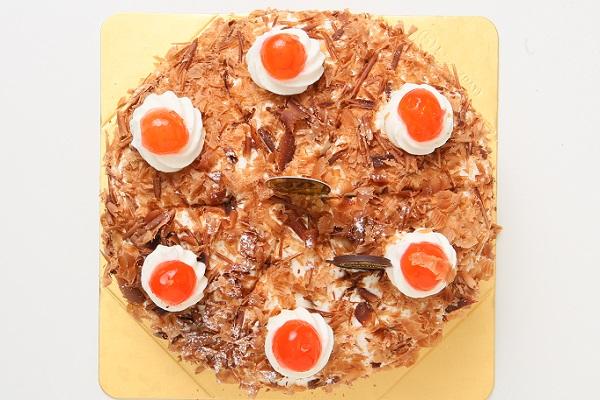 最高級洋菓子 シュヴァルツベルダーキルシュトルテ 15cm & シュス木苺レアチーズケーキ 15cm セットの画像8枚目