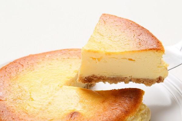 チーズのコクとレモンの爽やかさがマッチ☆ベイクドチーズケーキ 5号 15cmの画像3枚目