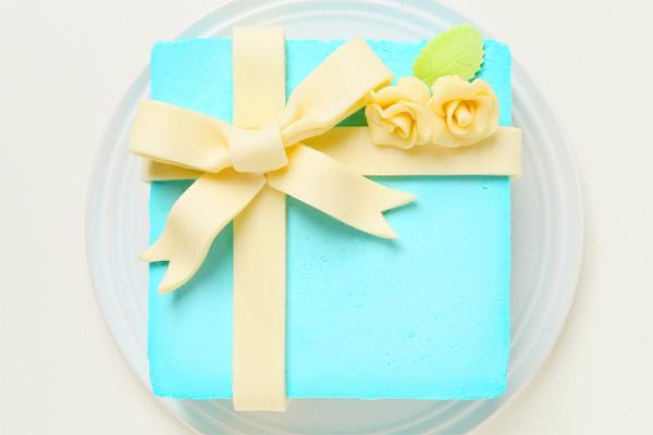 プレゼントボックスケーキ T ブルー 15×15cm