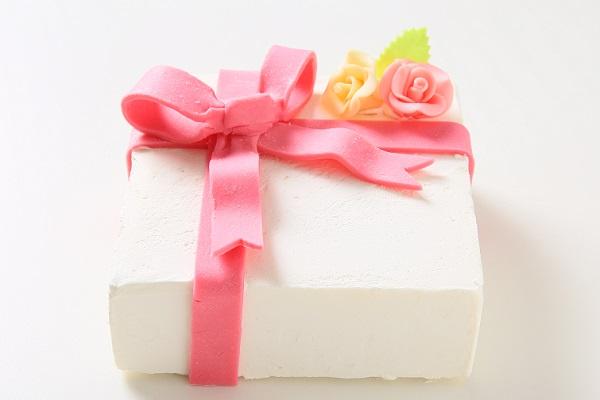 プレゼントボックスケーキ W ホワイト 15×5cmの画像2枚目