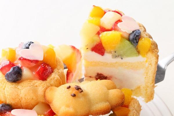 2段重ねファーストバースデーケーキ ホイップヨーグルトクリーム 下段12㎝上段6.5㎝の画像3枚目