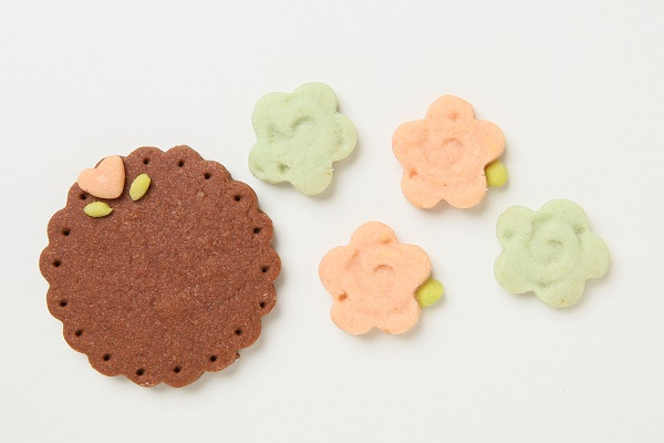 キャラクタークッキーの生クリームデコレーションケーキ☆国産小麦粉と安心材料 4号 12cmの画像10枚目