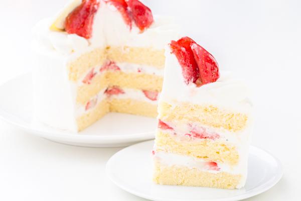 イチゴ生デコレーションケーキ 4号 12cmの画像5枚目