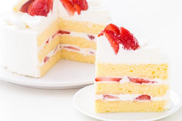 イチゴ生デコレーションケーキ 5号 15cmの画像5枚目