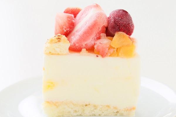 ナンバーアイスクリームのデコレーションケーキ 4号 12cmの画像4枚目