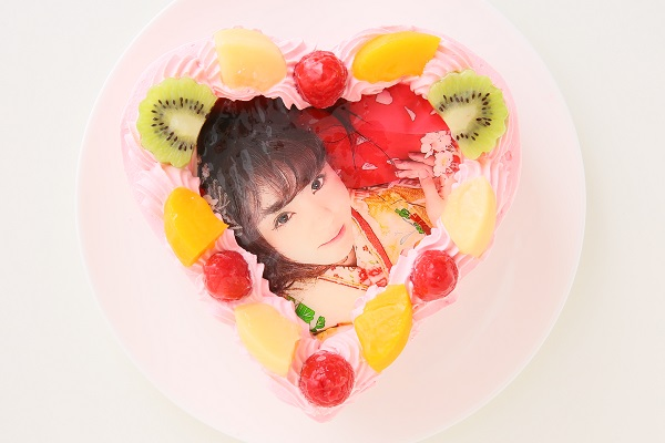 写真ケーキハート型イチゴクリーム 4号 12cmの画像1枚目