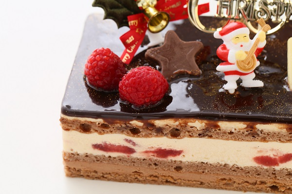 クリスマスケーキ2017 バニラとチョコの極上ブッシュ・ド・ノエル 18cm×9cmの画像7枚目