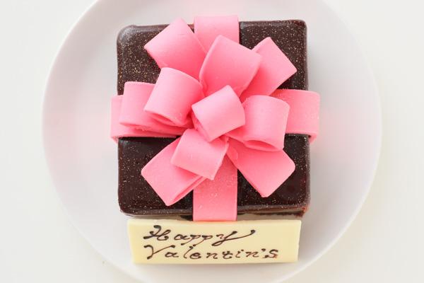 バレンタイン限定 プレゼントボックスケーキ 9×9cmの画像2枚目