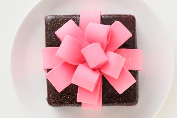 バレンタイン限定 プレゼントボックスケーキ 9×9cmの画像4枚目