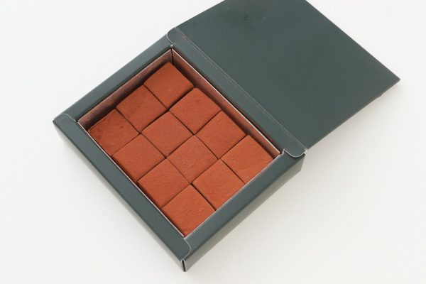 ホワイトデー とろける生チョコ12個入りの画像1枚目