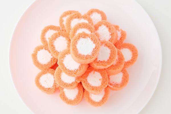 アイシングクッキー付きロールケーキタワー の画像4枚目