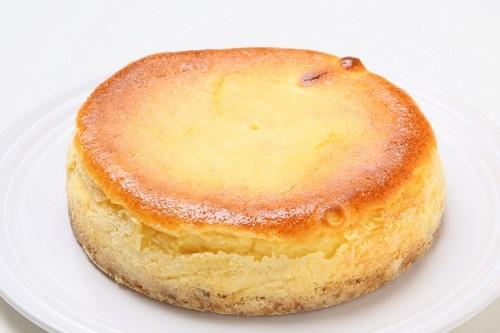 チーズのコクとレモンの爽やかさがマッチ☆ベイクドチーズケーキ 5号 15cm
