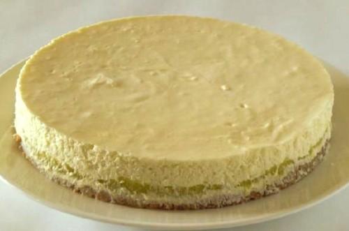 さつまいものレアチーズケーキ 5号 15cm
