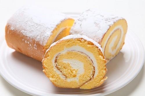 雑誌・メディアで話題人気のロールケーキ 湘南黄金ロール 16cm