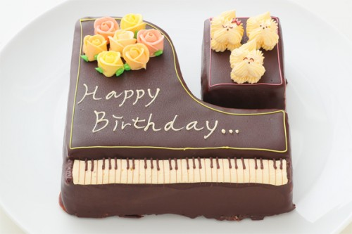 1日限定2台! グランドピアノ立体ケーキ 5号 15cm