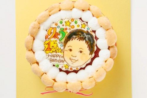 お子様向け! いちご味のヨーグルトムースケーキ +似顔絵 4号 12cm