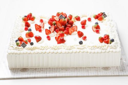 冷蔵直接配送 東京都23区内 パーティ用 苺デコレーションケーキ 長方形 23×20cm