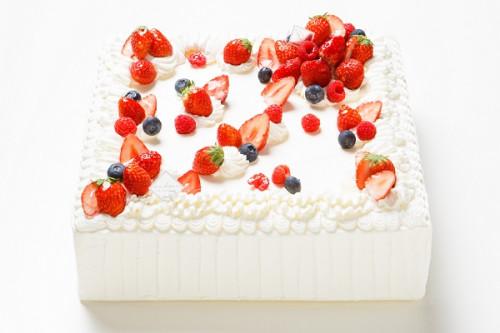 冷蔵直接配送 東京都23区内 パーティ用 苺デコレーションケーキ 正方形 22×22cm
