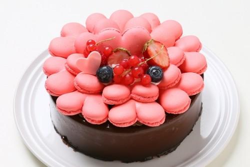 バレンタイン限定 ハートマカロンとチョコとコーヒーのムース 4号 12cm