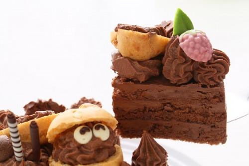 1日限定2台!キャラクタープレートケーキ チョコ 4号 12cm