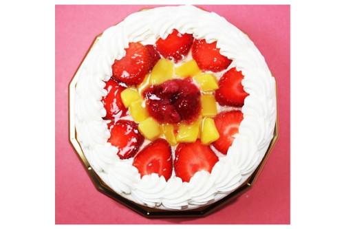 いちごとマンゴーのデコレーションケーキ 5号 15cm