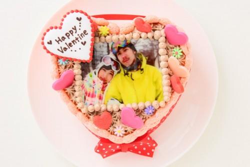 バレンタイン ピンクのビスキュイハ-ト型 生チョコクリ-ム 5号 15cm
