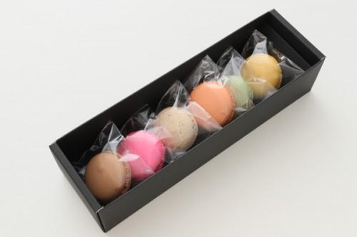 ホワイトデー2019 人気のフランス菓子 マカロン 6個入り
