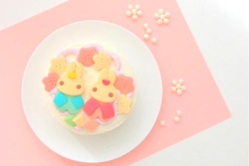 卵・乳除去可能 国産小麦粉と安心材料*うさぎのおひなさまケーキ 4号 12cm