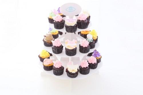 ベビーシャワーパーティーや出産祝いにぴったり!ベビーシャワーカップケーキ&スタンドセット 女の子