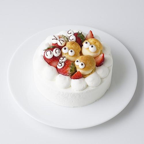 シュークリームといちごでにぎやかにお祝い!生クリームデコレーションケーキ 4号 12cm