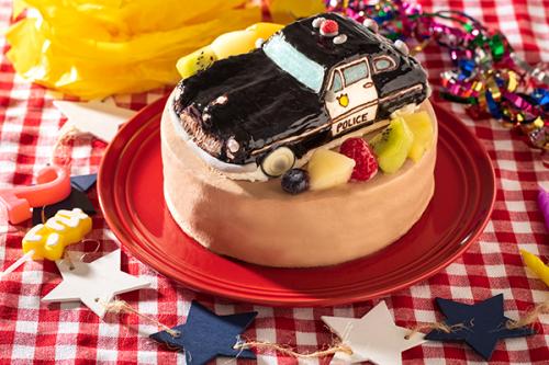 立体チョコ生デコレーションケーキ 乗り物 土台あり 5号 15cm