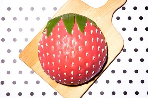 立体苺ケーキ 4号 12cm