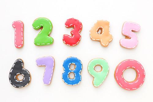 色が選べるアイシングクッキー 数字 ステッチ 1枚