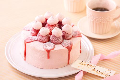 苺づくしデコレーションケーキ 4号 12cm