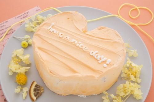 韓国ケーキ 4号 オレンジ ハートのメッセージケーキ 12cm