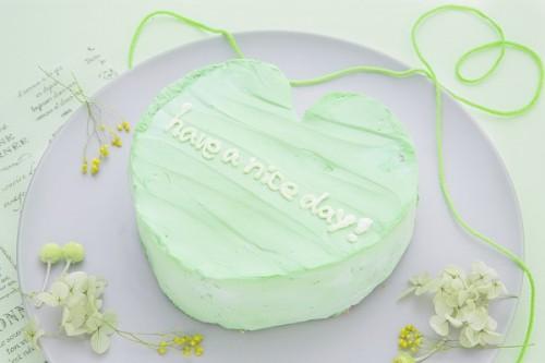 韓国ケーキ 4号 イエローグリーン ハートのメッセージケーキ 12cm