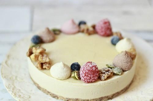 RAW Tiara WHITE CAKE ※ヴィーガン対応