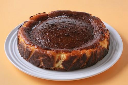 米粉のバスクチーズケーキ〜お焦げが美味しい