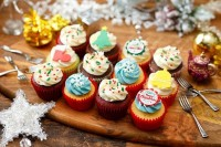 クリスマスケーキ2020 ブライトクリスマスボックス(12個入り)